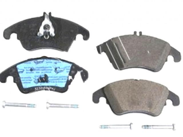 MERCEDES BENZ C-CLASS W204 2007 FRONT BRAKE PADS . PART- 005 420 1020 / ADU174201FD