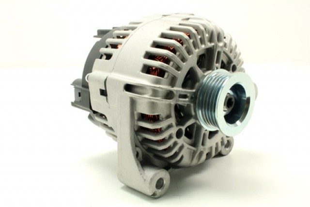 ALTERNATOR ASSY - NEW UNIT - F1 - Td4 2.0 DIESEL. PART YLE500170