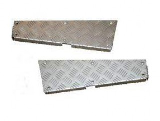 LAND ROVER DEFENDER 110 REAR CORNER CHEQUER PLATE KIT SILVER TF MAMMOUTH. PART CNKIT01-110/A